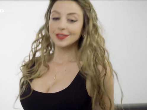 Arzu Bazman Sexy – Dr. Klein – Liebe (2015)