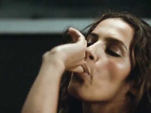 Elisa Tovati Naked – 99 francs (2007)