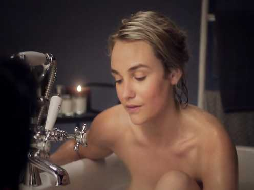 Joanna Vanderham Naked – The Boy with the Topknot (2017)