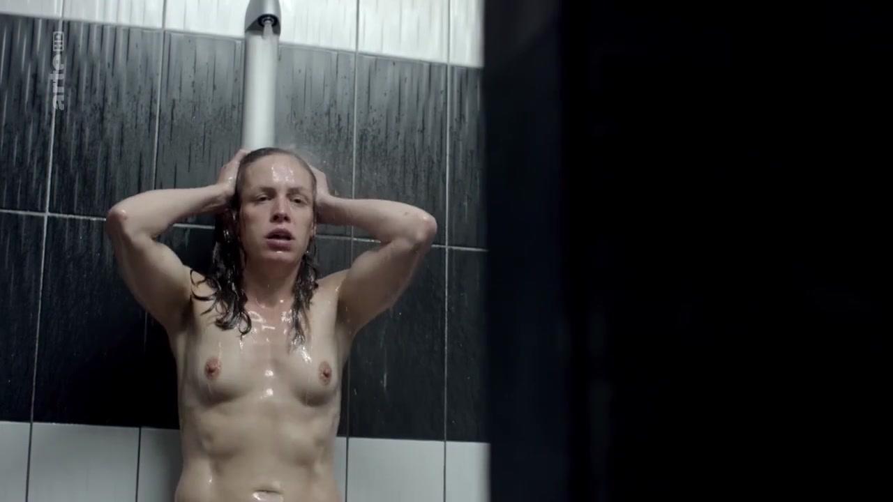 Jule Nackt katharina lorenz nude - der tod und das madchen - van