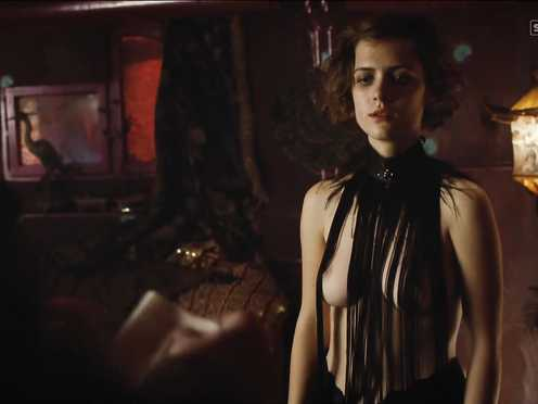 Liv Lisa Fries Nude – Babylon Berlin (2017) s02e02