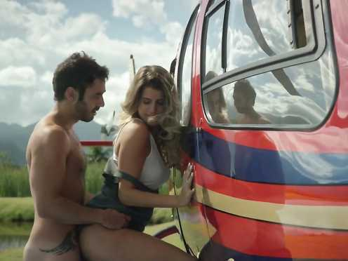Maria Bopp, Stella Rabello Naked – Me Chama De Bruna s02e03 (2017)