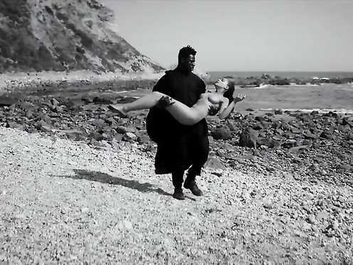 Sasha Lane Naked – Moses Sumney – Lonely World (2017)
