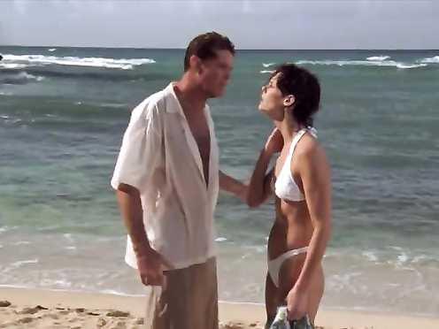 Alexandra Paul hot – Baywatch Hawaiian Wedding (2003)
