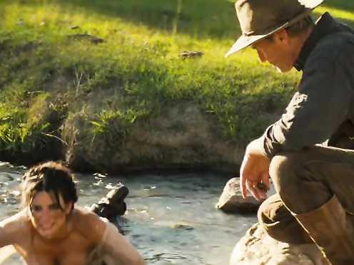 Penélope Cruz hot – Bandidas (2006)