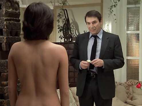 Elisabeth Margoni Naked, Dany Kogan (nn) – Le Professionnel (FR 1981)