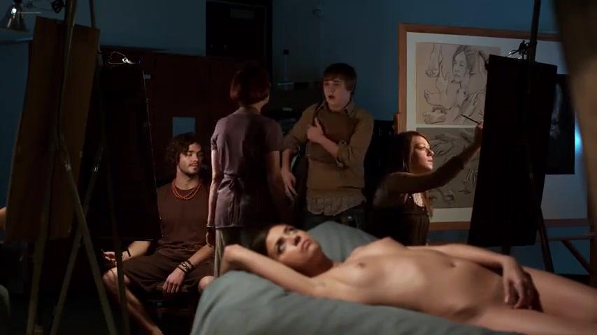 girls playing videogames naked