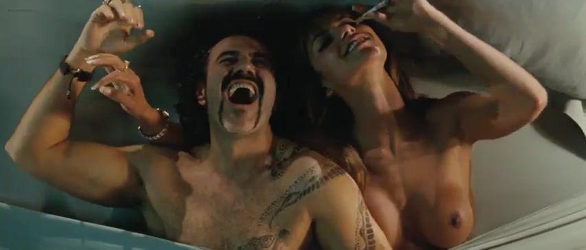 Фамилия голая порно каталина денис