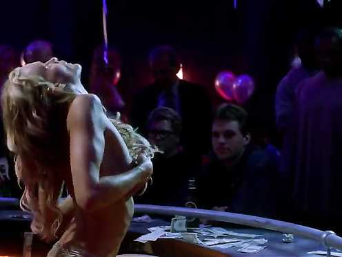Daryl Hannah Naked – Dancing at the Blue Iguana (2000)
