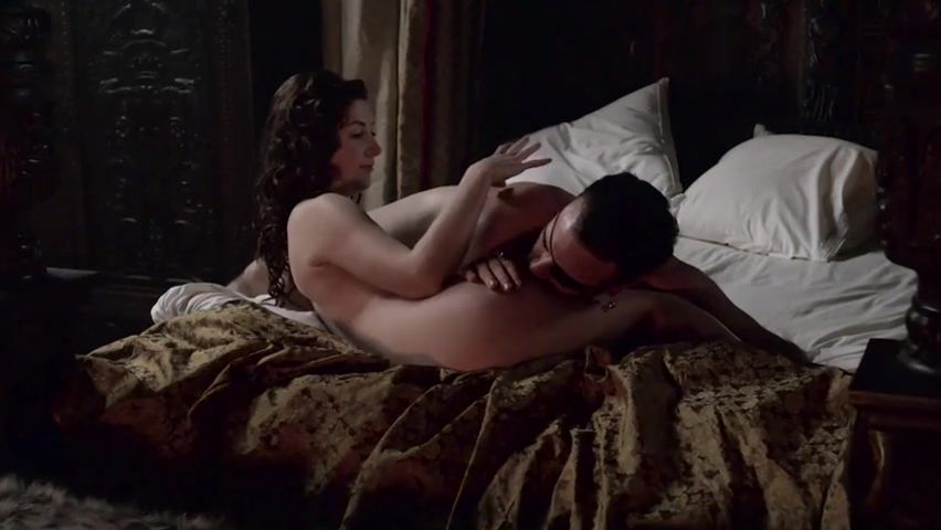 naked-scene-the-tudors-gif-fuck-with-naked-ladies