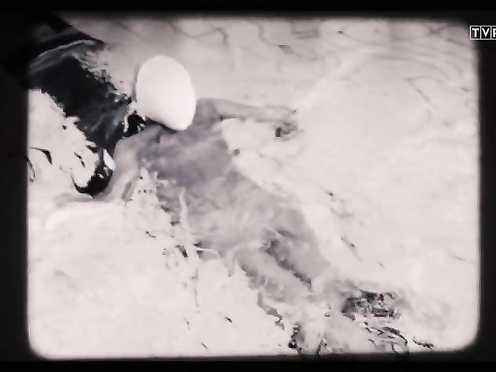 Klaudia Waszak Naked – Komisja Morderstw s01e01 (2016)