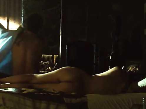 Leandra Leal, Thalita Carauta Naked – O Lobo atras da Porta (2013)