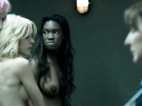 Maggie Civantos, Berta Vázquez Naked – Locked Up (2015) s01