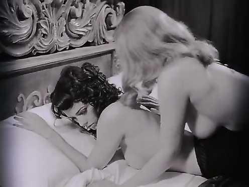 Mia Kirshner, Jemima Rooper Nude – The Dark-hued Dahlia (2006)