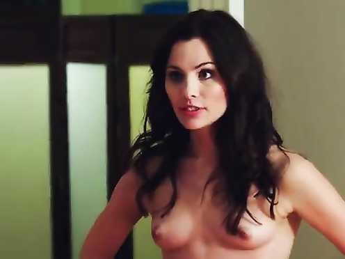 Olivia Chenery, Kelsey Hardwick Naked – Legacy (2015)