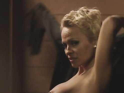 Pamela Anderson Naked – The People Garden (2016)
