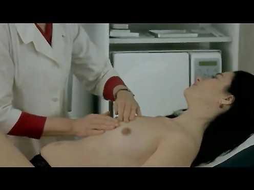 Sophie Seferiades Naked – Nathalie (FR 2003)