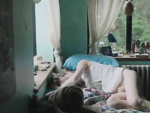 Stephanie Ellis Naked – The Sleepwalker (2014)