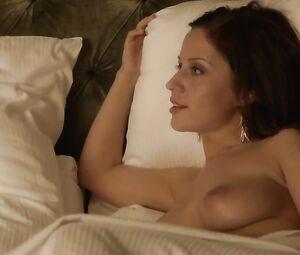 Rebecca Wood  nackt
