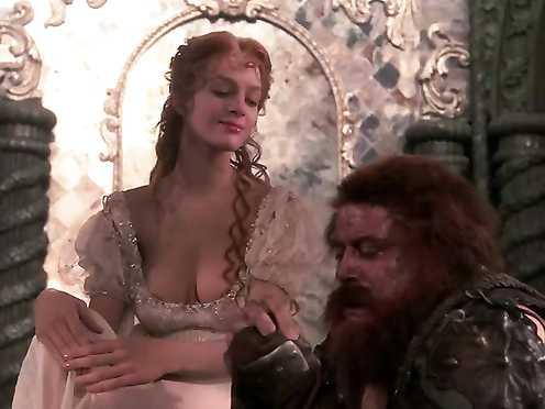 Uma Thurman Naked – The Adventures of Baron Munchausen (1988)