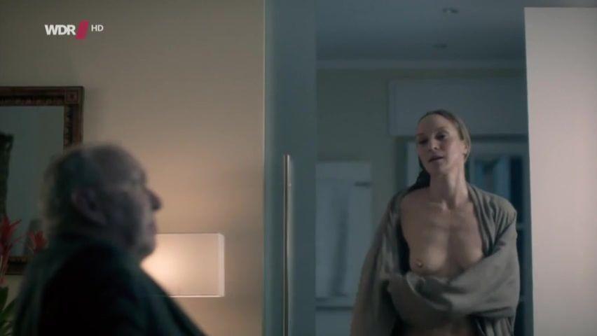 girl-jeanette-same-nude-video