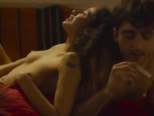 Sheily Jimenez Naked – Kamper (2016)