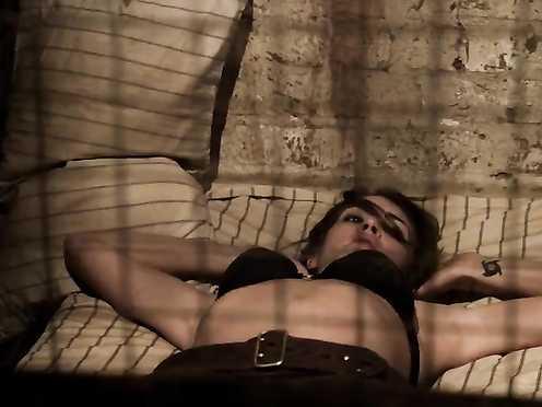 Tanit Phoenix Nude – Death Race TRIO Inferno (2013)