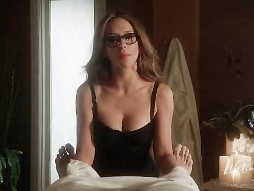 Jennifer Love Hewitt hot – The Client List s01e03 (2012)