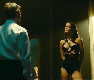 Charlotte Le Bonm  nackt