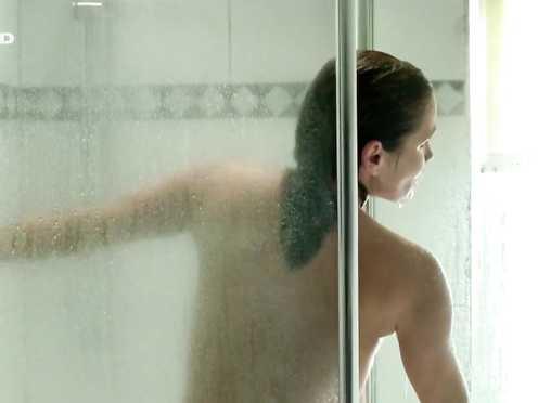 Anja Kling, Lea Mornar Naked – Mord in Ludwigslust (2012)