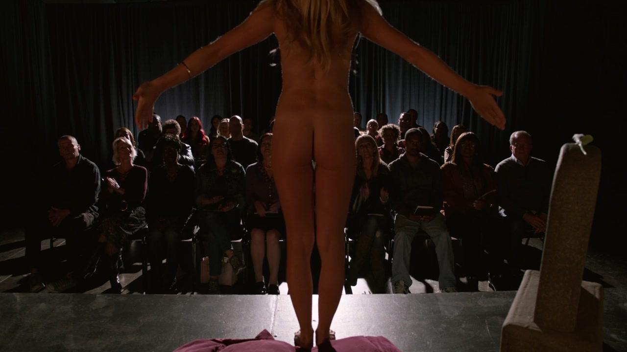 Wiig nude Kristen