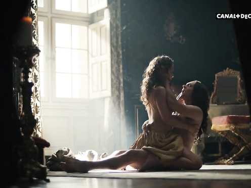 Marie Askehave bang-out – Versailles s03e03-06 (2018)