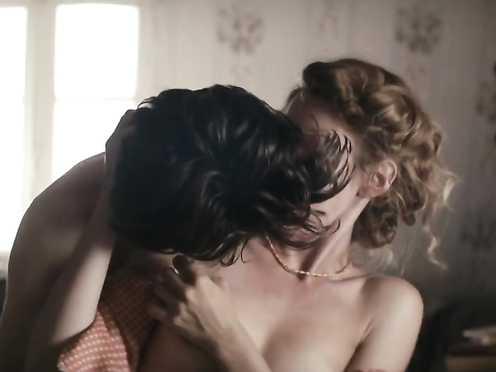 Sofia Nilsson, Virginie Vignolo, Celine Cappacci naked – La Promesse de l'aube (2017)