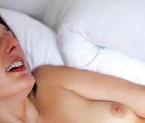 Olympe De G Sex Un Beau Dimanchetrailer New Hot Video Video Best Sexy Scene Heroero Tube